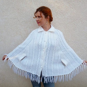 Vintage 60s Cable Knit Snow White Poncho Cape Coat by KMalinka