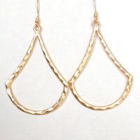 Queen Of The Nile Earrings In Gold