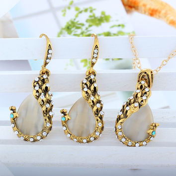 2016 New Fashion 18k Yellow Gold Filled pink opal Peacock Necklace Earring Wedding fine Jewelry for women