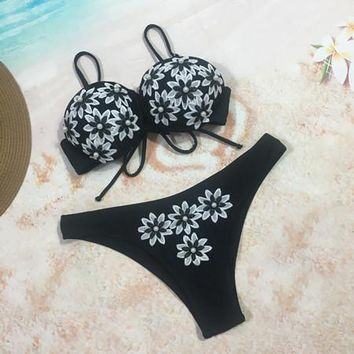 2 Two Piece Bikini Black Bikini 2018 Sexy Lace Floral Front Bandage Cross Bathing Suit Women Padded Super Push Up Bra Two Piece Swimsuit Monokini KO_21_2