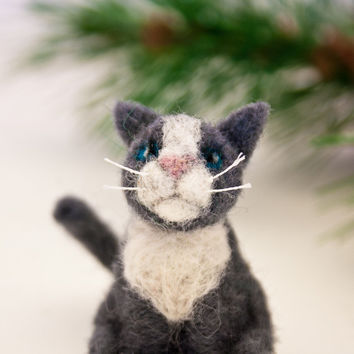 Grey cat ornament, Needle felted grey cat, Cat ornament, Miniature cat, Cat lover gift, Felt ornament, Pet portrait, Grey and white