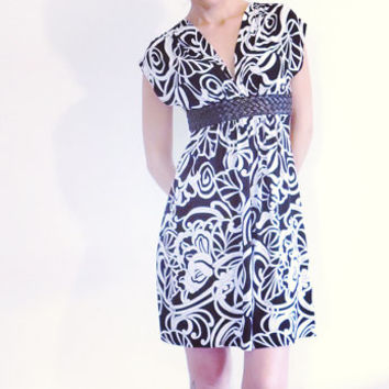 Vintage Dress , Wet Seal Dress , Black and White , Floral Print , Mini Dress , Above Knee Dress , XS - S