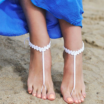 White Crocheted Barefoot Sandals, Bridesmaid accessory, Nude shoes, Foot jewelry, Bridal sandals, Beach shoes, Lace,Anklet