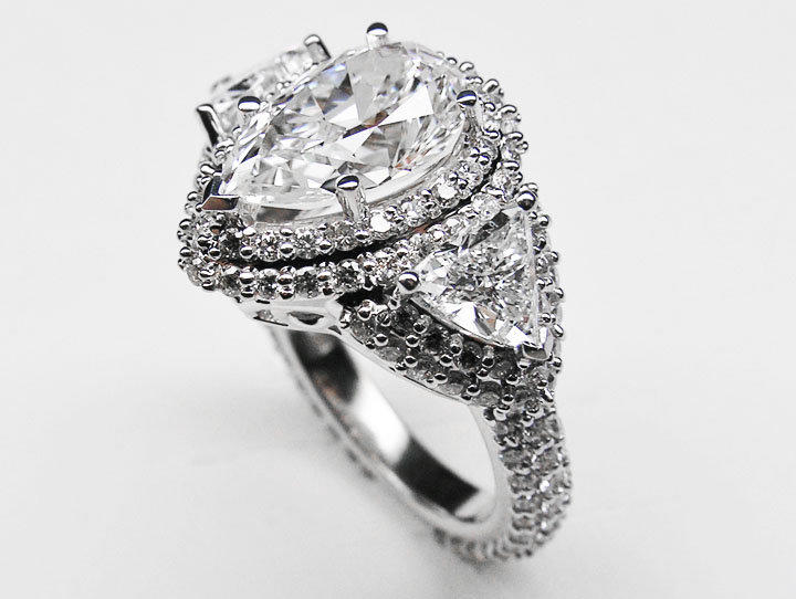 Engagement Ring Pear Shape Diamond From Mdc Diamonds Pear