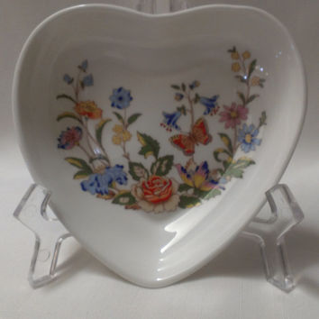 English Heart Shaped Serving Bowl, Hand Painted Flowers (628)