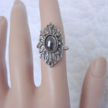 Vintage Vogue Hematite Silver Tone Ring / Designer Signed / Jewelry / Jewellery
