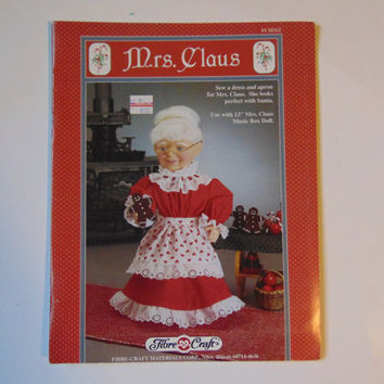 Mrs. Claus Sew Dress Design Pattern Fibre Craft FCM312