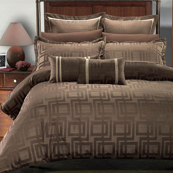 Janet 7PC Duvet covers set by Royal Hotel Collection