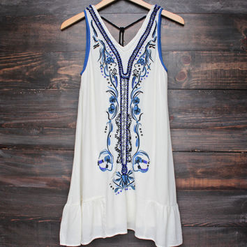 x shophearts - ethereal embroidered bohemian dress
