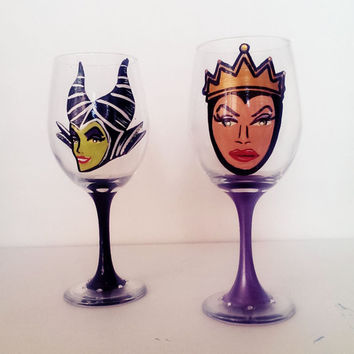 Disney Villain Wine glasses - set of 2 - pearls and rhinestones - 20 oz