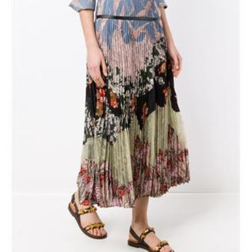 VALENTINO   Pleated Landscape Print Skirt   brownsfashion.com   The Finest Edit of Luxury Fashion   Clothes, Shoes, Bags and Accessories for Men & Women