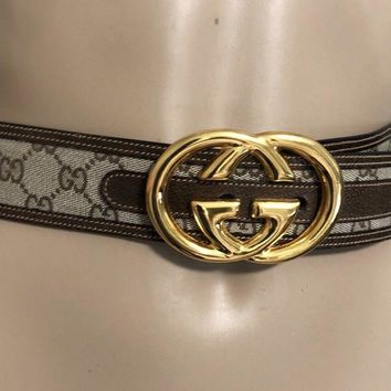 Vintage Gucci tan logo belt with Gold interlocking G buckle trimmed in sz 70-28