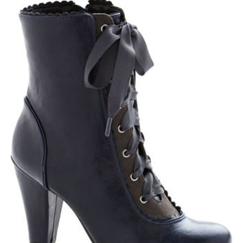 Chelsea Crew Vintage Inspired, French Flair-y Tale Boot in Midnight Blue