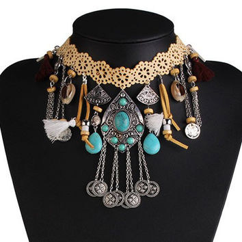 Alloy Shell Tassel Geometric Floral Necklace