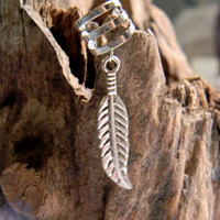 Silver Plated Helix Feather Cuff    (ec030)