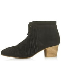 ACRE Fringe Boots - Black