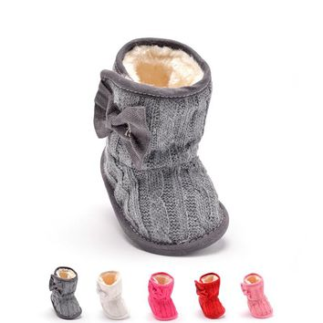 Plus Velvet Warm Newborn Baby Shoes Winter Baby Girls First Walkers Soft Soles Non-slip Infant Snow Boots Toddler Crib Shoes