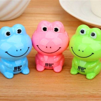 FD1043 Candy Color Cartoon Frog Pencil Sharpener School Stationary ~Random 1PC: = 1958615876