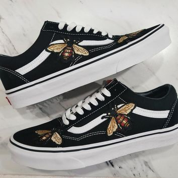 Bees Custom Rose Embroidered-Patch Vans Old Skool Sneakers