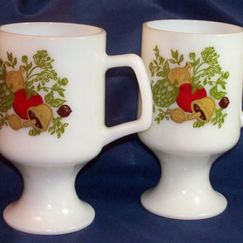 Vintage Spice O Life Pedestal Footed Mugs by 4oldtimesandnew