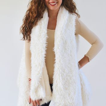 Shaggy Fur Pointed Side Vest