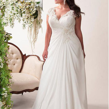 Elegant Empire Chiffon Plus Size Wedding Dresses with Appliques Cap Sleeve In Stock Summer Beach Bridal Gowns