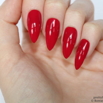 Red stiletto nails, Halloween nails, Fake nail, Stiletto nail, Kylie jenner, Black stiletto nail, Press on nail, Acrylic nail