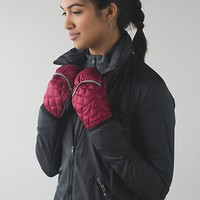 down for a run mittens | women's running gloves | lululemon athletica