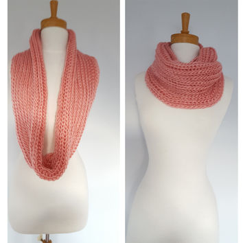 Light Pink Winter Infinity Scarf, Womens neckwarmers , Chunky Knit scarves for fall and Winter