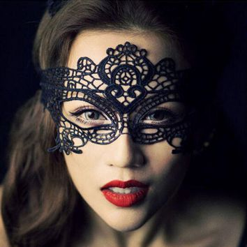 1pc 2016 New Girls Women Hot Sales Black Sexy Lady Lace Mask Cutout Eye Mask For Masquerade Party Fancy Dress Costume