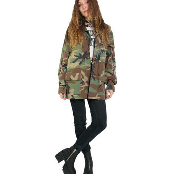 VINTAGE Camo Shirt WOMENS OVERSIZED ARMY CAMOUFLAGE SHIRT