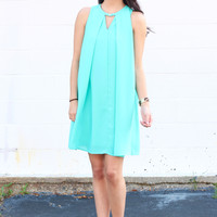Summer Shift Solid Keyhole Dress {Jade}