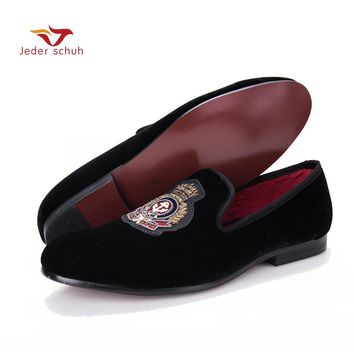 Jeder Schuh New style men Velvet shoes with Hand stitch Bullion embroidery Party and Banquet Male Loafers Men Flats