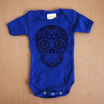 Day of the Dead baby clothes. Sugar Skull bodysuit. Electric Blue Cotton 3 or 6 month kids. Skull baby Romper. Cute infant gothic sleeper