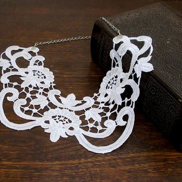 Lace Peter Pan Collar, Lace Collar, Lace jewelry, FREE SHIP, White, Vintage Style, Preppy, Detachable collar, Collar Necklace