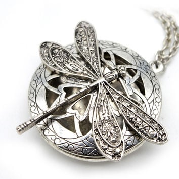 1pcs Aromatherapy Jewelry Essential Oil Diffuser Lockets For Mama's Christmas Gift Vintage Dragonfly Locket Necklace