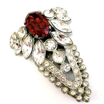 Gorgeous Art Deco Fur Clip