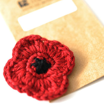 Poppy // Remembrance Day // Veterans Day // Red Poppy // Poppy Pin // Crochet Poppy