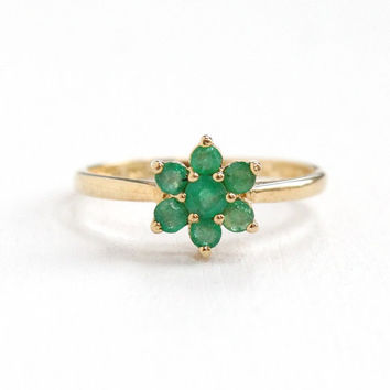 Sale - Estate 10k Yellow Gold Emerald Cluster Ring - Size 7.5 Floral Flower Daisy Fine Green Gemstone Nature Inspired Jewelry