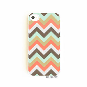 iPhone 4/4S Case  Abstract Chevron by onyourcasestore on Etsy