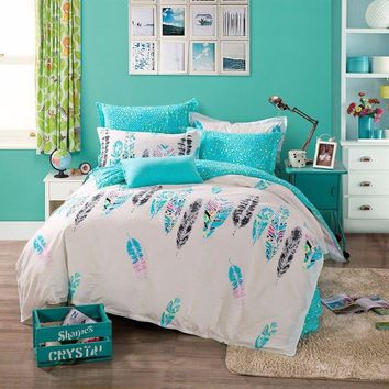 Feather Print Bohemian Style Aqua & White Queen Size Duvet Cover Set