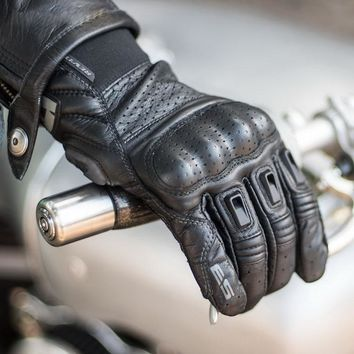 Revit bomber Genuine leather short motorcycle gloves motocross punch Gloves moto protection glove motorcyclist off-road mittens