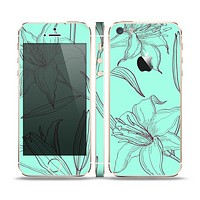 The Teal & Brown Thin Flower Pattern Skin Set for the Apple iPhone 5s