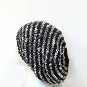 Slouchy hat, knitted   5202