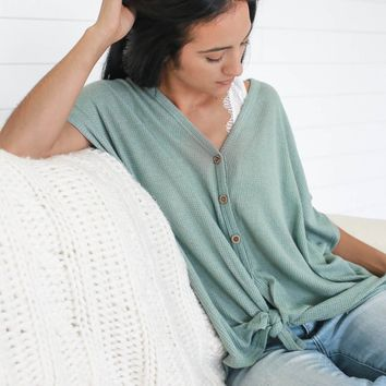 BEACH DAY CHIC TOP - SEAFOAM GREEN