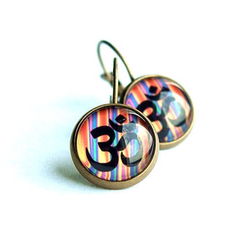Om Colorful Earrings with Unique Graphic, Om Handmade Yoga Jewelry, Rainbow Dangle Earrings with Om Symbol