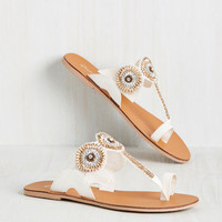 Dilly Medallion Around Sandal