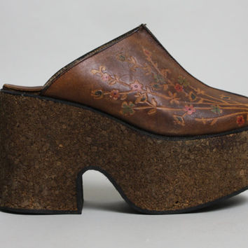 70s CORK & LEATHER Platform Shoes | Vintage 1970s BOHO Floral Mules Clogs | size 5.5