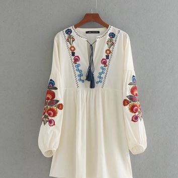 Fashion embroidery tassels dress