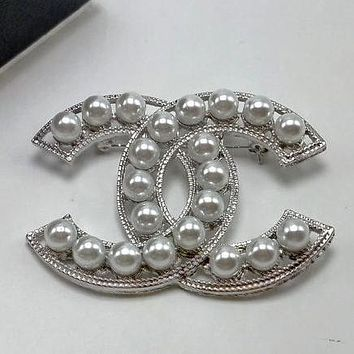 Chanel Women Fashion CC Logo Pearl Brooch